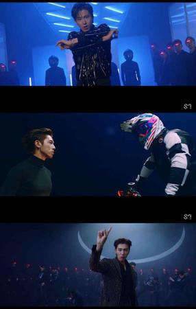 韓国ボーイズグループ「東方神起」メンバーのユンホが、初のソロアルバムのタイトル曲「Follow」のMVを公開した。(提供:OSEN)
