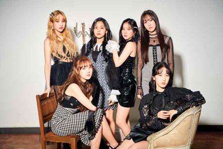 韓国ガールズグループ「GFRIEND」が、新曲発表へのカウントダウンが本格的に始まった。新曲MVの撮影に突入し、新たなヒット曲誕生を予告している。(提供:OSEN)