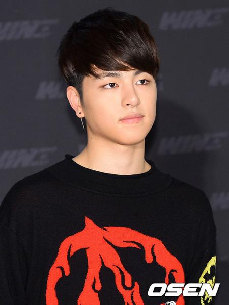「iKON」JU-NE、ヤン・ヒョンソク元YG代表のInstagramアカウントをフォローから外し話題(提供:OSEN)