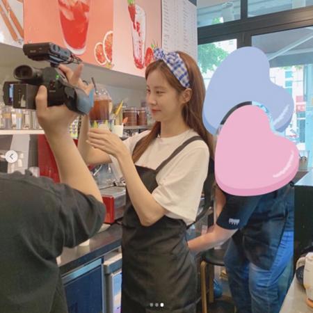 韓国歌手兼女優のソヒョン(少女時代)が、一日バリスタに変身した。(提供:OSEN)