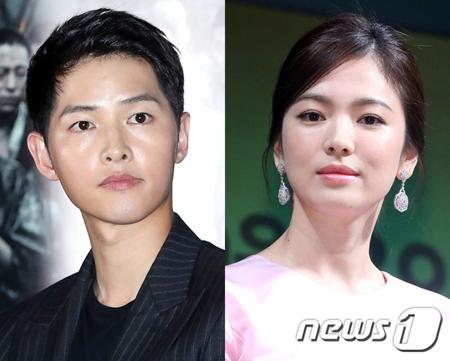 """""""韓流スターカップル""""で話題となった韓国俳優ソン・ジュンギ(33)と女優ソン・ヘギョ(37)が離婚の手続きを踏んでいることが明らかになった中、広告主は当惑しているようだ。(提供:news1)"""