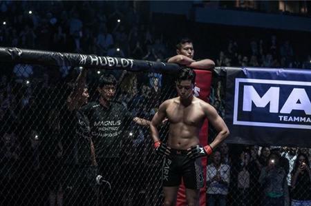 韓国俳優パク・ソジュンが鍛え込まれたボディを公開し、話題になっている。(写真提供:OSEN)