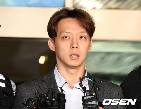 """""""薬物使用容疑""""パク・ユチョン(元JYJ)、懲役10か月・執行猶予2年の有罪判決"""