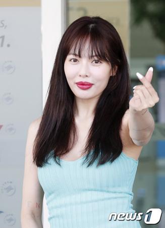 韓国歌手ヒョナの唇が変わったとネットユーザーが関心を寄せている。(提供:news1)