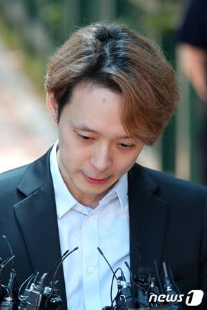 薬物使用容疑で逮捕起訴された韓国歌手兼俳優のパク・ユチョン(元JYJ、33)が、今月2日の1審で懲役10か月、執行猶予2年を宣告されて釈放されたことに関し、検察側は控訴をしないという。(提供:news1)