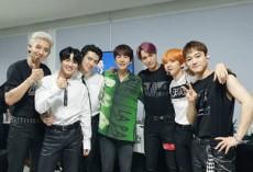 「SUPERJUNIOR」のキュヒョンがEXOのコンサートを訪問し、変わらぬ友情をアピールした。(提供:OSEN)