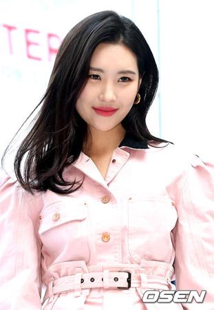 韓国歌手ソンミ(元Wonder Girls)が、8月末の新曲発表を目標に自作曲を準備しているという。(提供:OSEN)