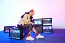 """韓国女優キム・ゴウンの""""彼女風写真""""が話題を呼んでいる。(写真提供:OSEN)"""