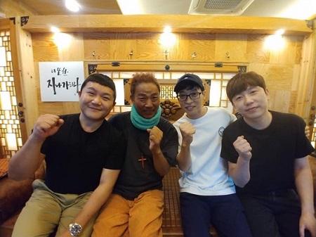 ガン闘病中の芸人キム・チョルミンが、仲間たちの見舞いに感謝の意を伝えた。(提供:news1)