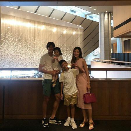 現在、第三子を妊娠中の女優キム・ソンウンが、夫でサッカー選手のチョン・ジョグクに向けた恋しさを表わして話題になっている。(写真提供:OSEN)