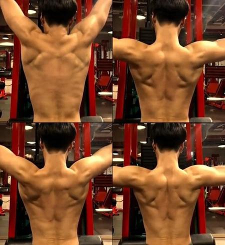 韓国ボーイズグループ「SHINee」メンバーのテミンが、着実に鍛えて完成した筋肉を公開して話題になっている。(写真提供:OSEN)