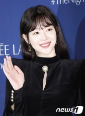 SMエンターテインメントが、所属する女優兼歌手のソルリ(元f(x))の死亡を報告した。(提供:news1)