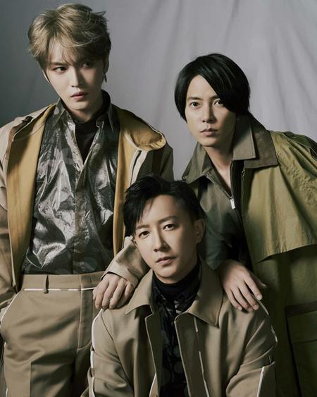 韓国歌手キム・ジェジュン(JYJ)が、山下智久とハンギョン(元SUPER JUNIOR)と共にした写真を公開して話題になっている。(写真提供:OSEN)